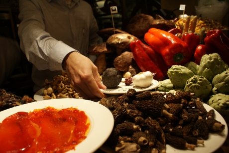 Mushrooms at Ganbara (order the hongos con yema: mushrooms with egg yolk